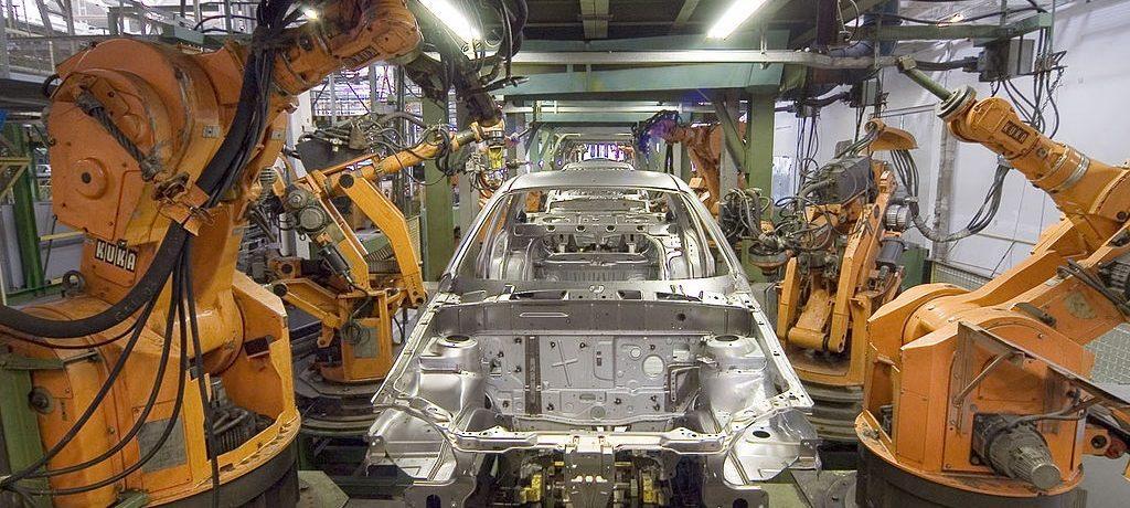 1983 Industrial Robots KUKA IR160/60, 601/60 | cc-by-sa Mixabest Wikimedia